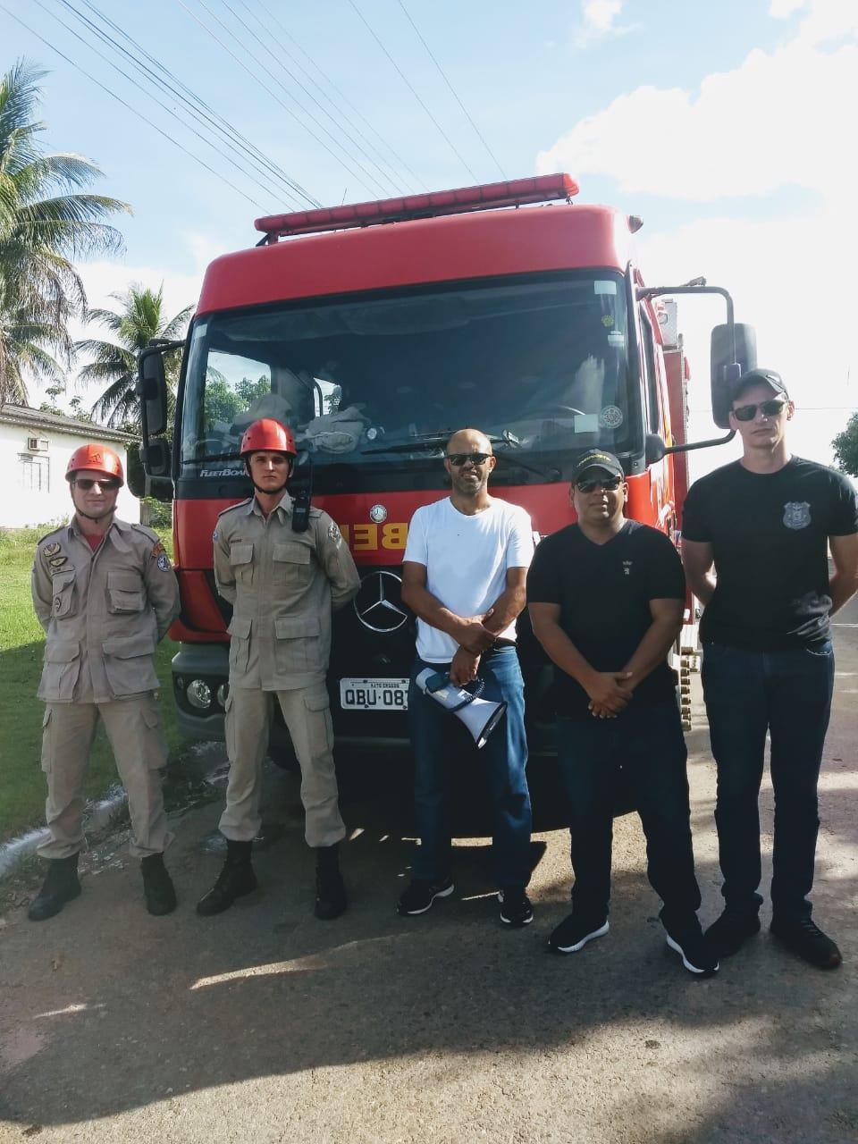 Equipe do Corpo de Bombeiros e Polícia Civil evitou suicídio