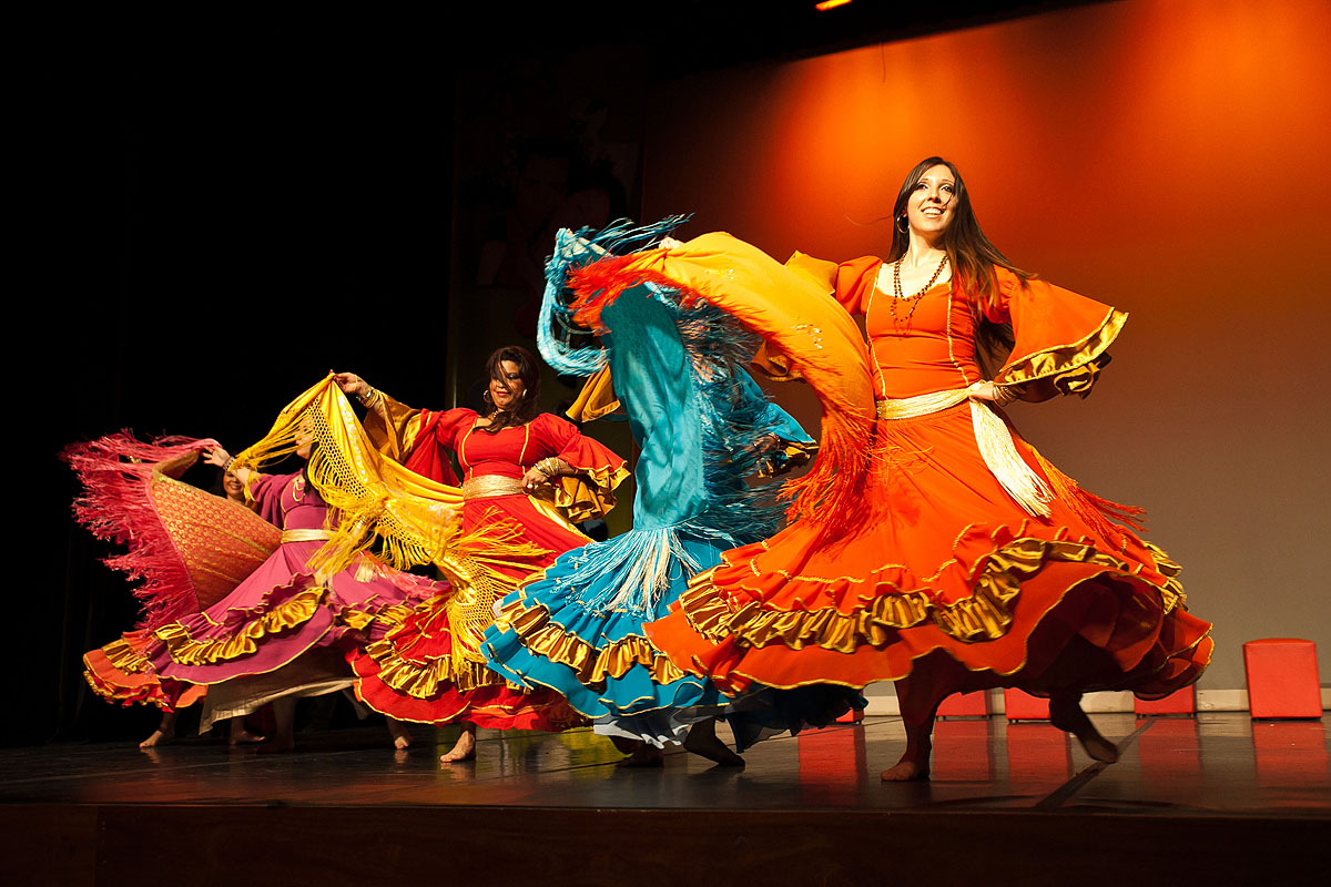 Dança cigana.