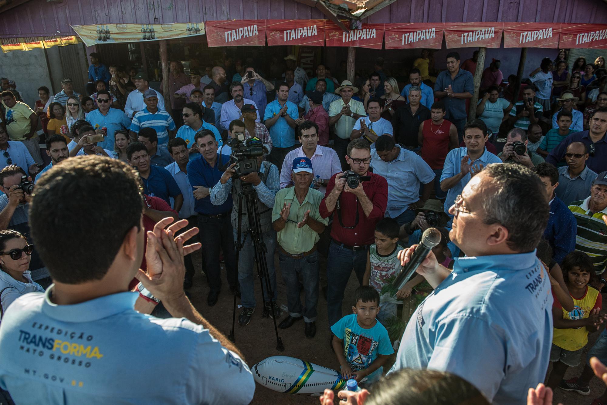 Gov. Pedro Taques anuncia retomada das obras da MT 248 de Jauru a Figueiropolis